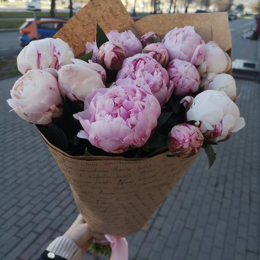 Пионы нежно-розовые: букеты цветов на заказ Flowwow