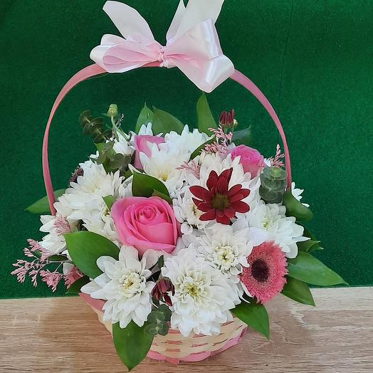 Корзинка Лукошко: букеты цветов на заказ Flowwow