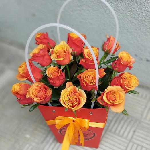 15 роз в сумочке ОРАНЖ