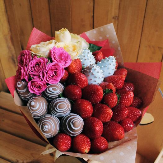 """A bouquet of strawberries """"Tenderness"""""""