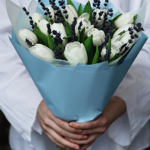Тюльпаны с лавандой