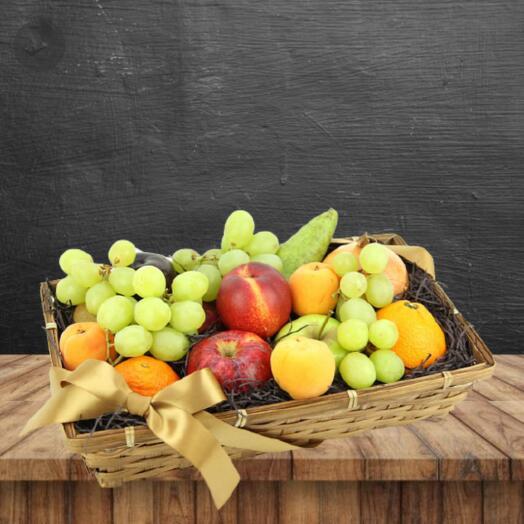Продуктовый подарочный набор из фруктов