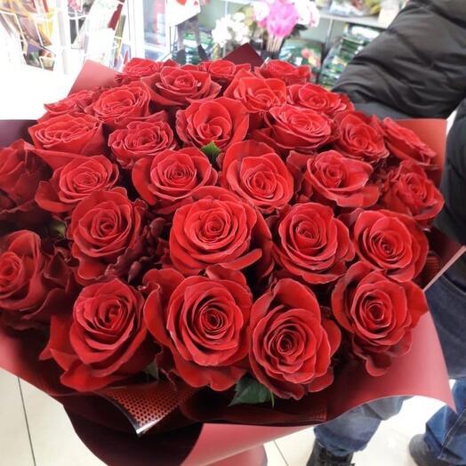 Монобукет из 25 роз Эквадор