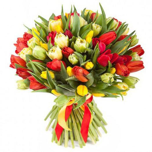 Букет из 101 тюльпана Радуга: букеты цветов на заказ Flowwow