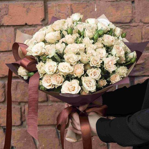 Букет из кустовых роз 0902: букеты цветов на заказ Flowwow