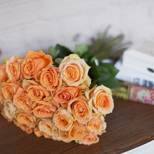 Букет из 25 роз «Shukrani»: букеты цветов на заказ Flowwow