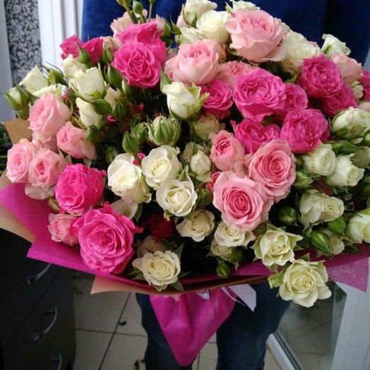 Букет из кустовой розы Нежный: букеты цветов на заказ Flowwow