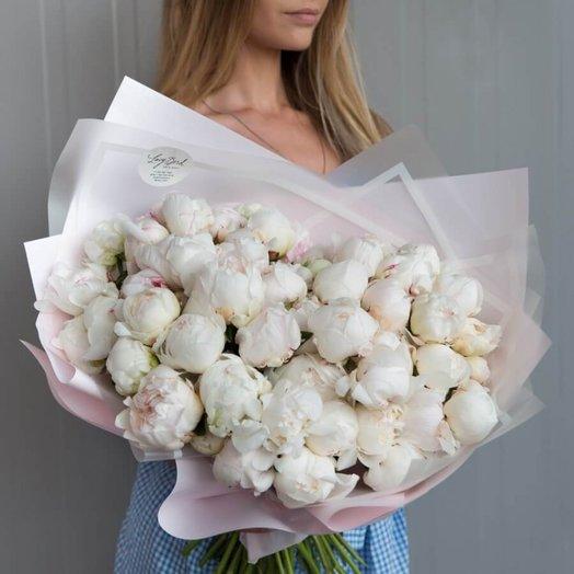 Букет из белоснежных пионов: букеты цветов на заказ Flowwow