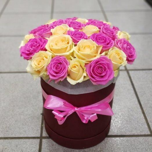 Букет из 25 микс роз в коробке