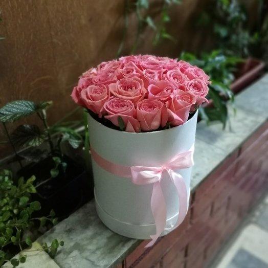 Букет из 19 роз в коробке