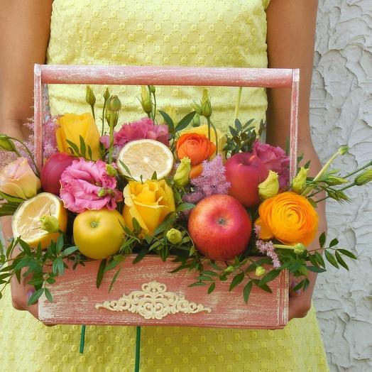 Ящик витаминов: букеты цветов на заказ Flowwow
