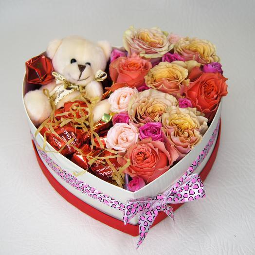 "Коробка-сердце 3-в-1 ""Маше от медведя"": букеты цветов на заказ Flowwow"