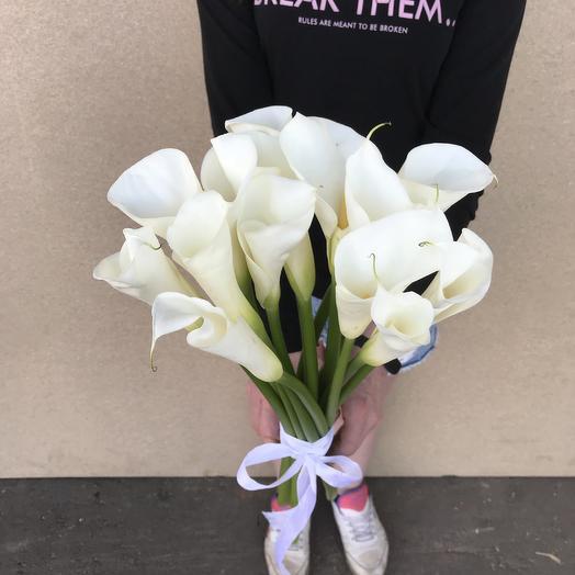 Стильно Белый: букеты цветов на заказ Flowwow