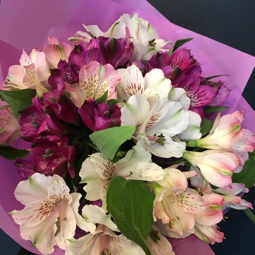 Алстромерии: букеты цветов на заказ Flowwow