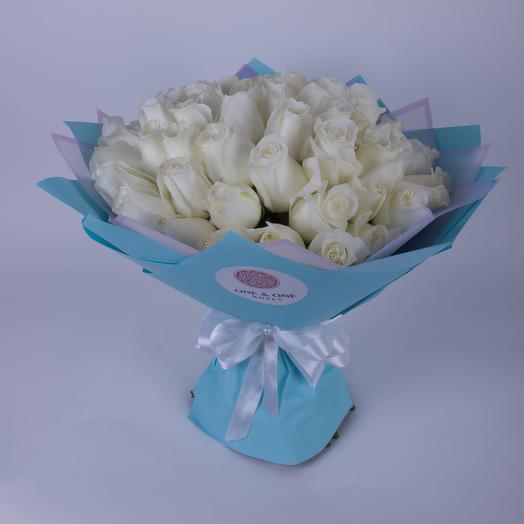 51 роза сорта Близард: букеты цветов на заказ Flowwow