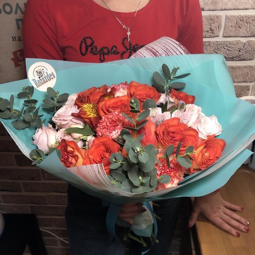 Яркий декабрь: букеты цветов на заказ Flowwow