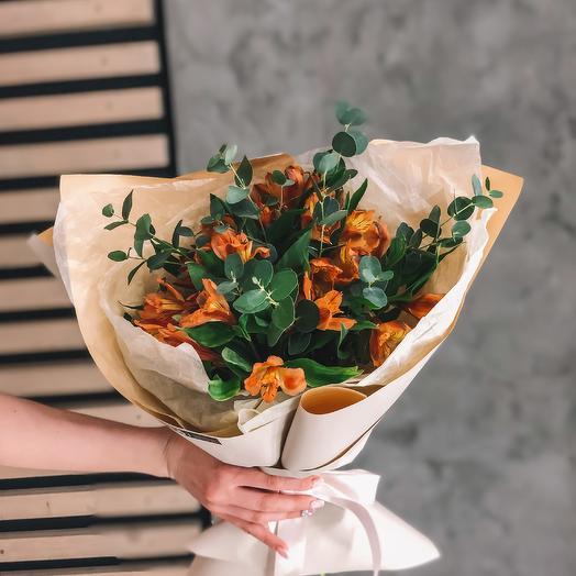 Букет из оранжевой альстромерии: букеты цветов на заказ Flowwow