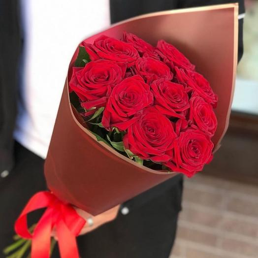 Roses in a stylish package