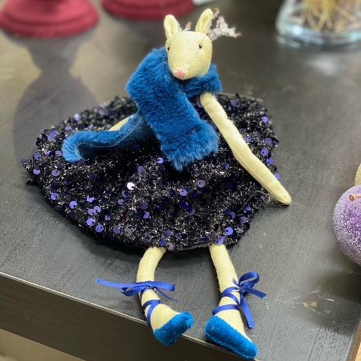 Украшение подвесное Олень в синем платье
