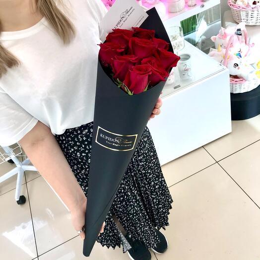 Конус на 9 роз