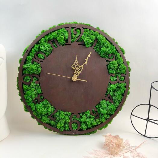 Часы Зелёный луг