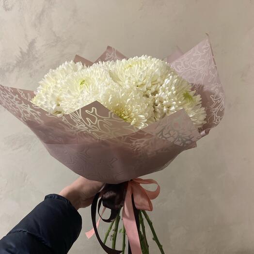 Букет из огромных хризантем