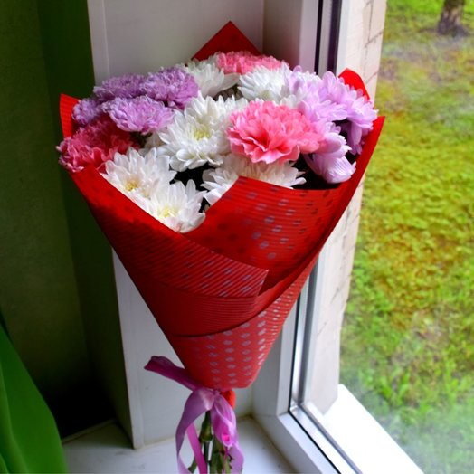 Нежный и яркий: букеты цветов на заказ Flowwow