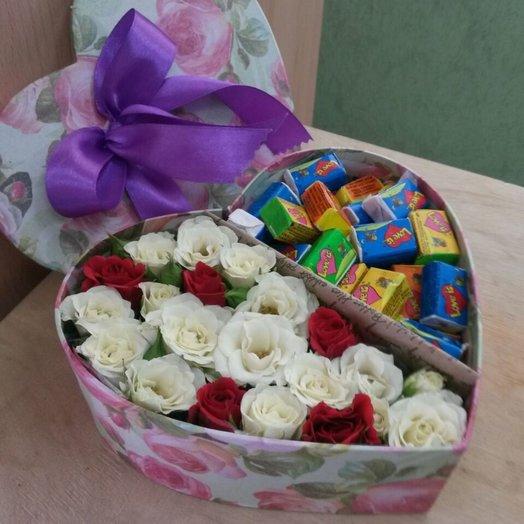Коробка- Сердце  Love is: букеты цветов на заказ Flowwow