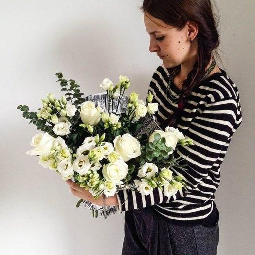 Лизиантуз и роза: букеты цветов на заказ Flowwow