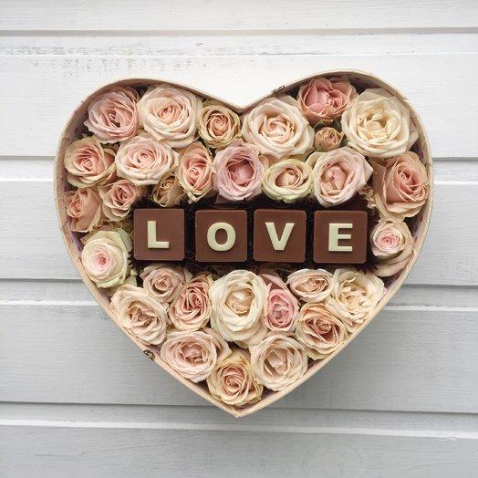 Нежно-розовое сердце Love: букеты цветов на заказ Flowwow