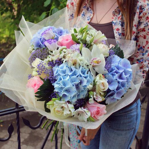 Нежнейший и воздушный букет: букеты цветов на заказ Flowwow
