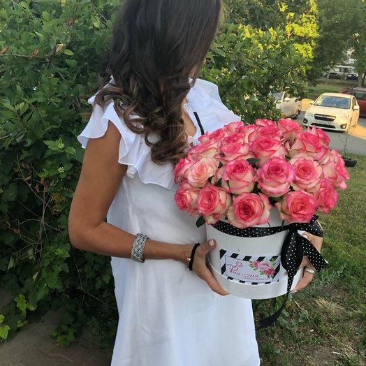 Букет в коробке Джулия: букеты цветов на заказ Flowwow