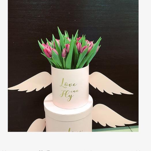 Коробка Ангел» с тюльпанами: букеты цветов на заказ Flowwow