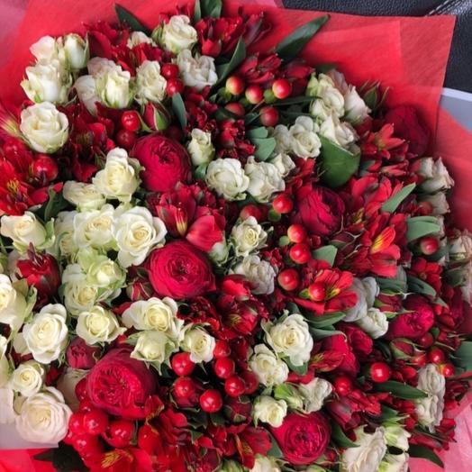 Огненная роскошь: букеты цветов на заказ Flowwow