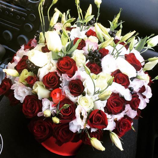 Коробка з троянд