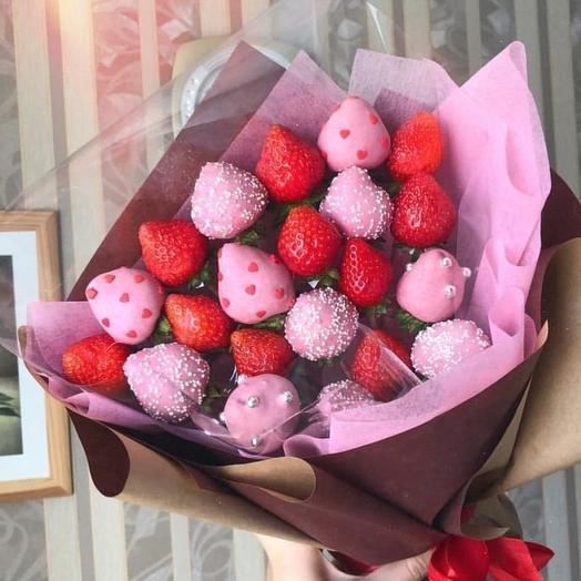 "Клубничный букет "" Strawberry cake"": букеты цветов на заказ Flowwow"