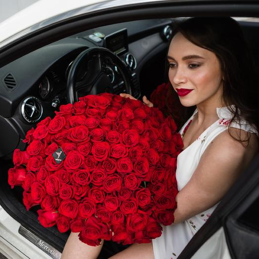 101 красная роза высотой 60 см