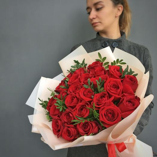 Моно букет из 25 роз