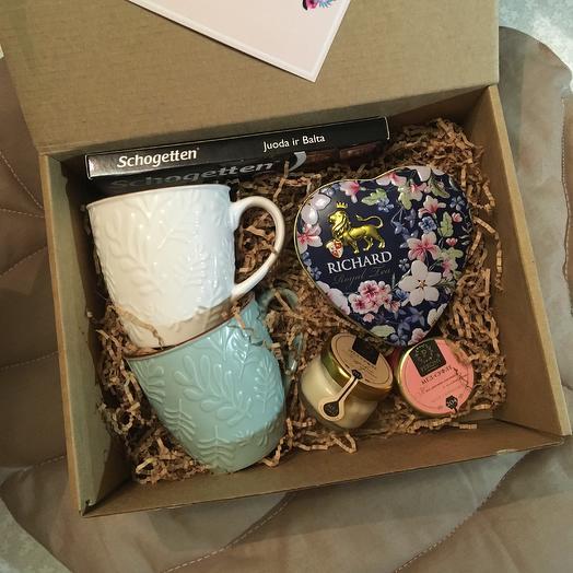 Box 6: букеты цветов на заказ Flowwow
