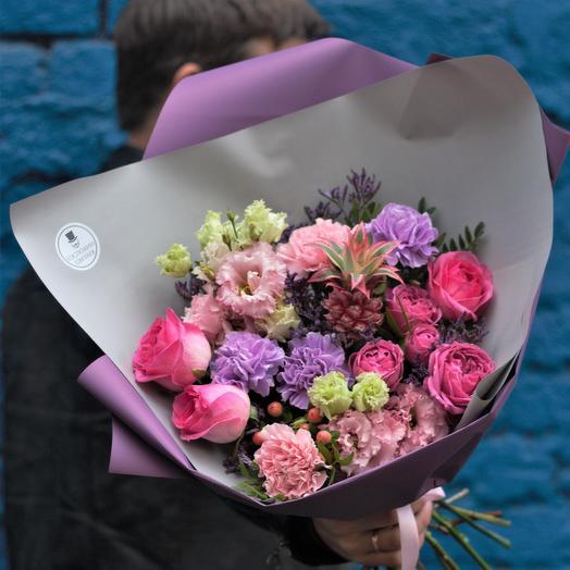 Ананасный Арчи: букеты цветов на заказ Flowwow
