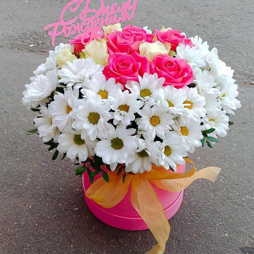 Шляпная коробочка Очарование: букеты цветов на заказ Flowwow