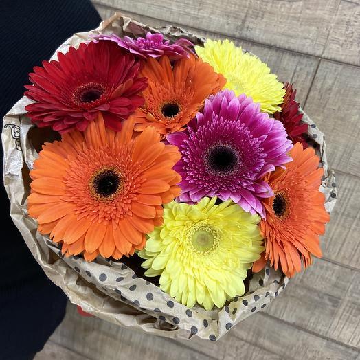 Яркая гербера для солнечного настроения: букеты цветов на заказ Flowwow