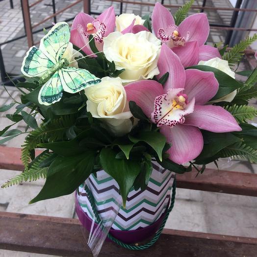 Коробка с цветами Ассоль