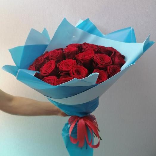 35 роз Ред Наоми