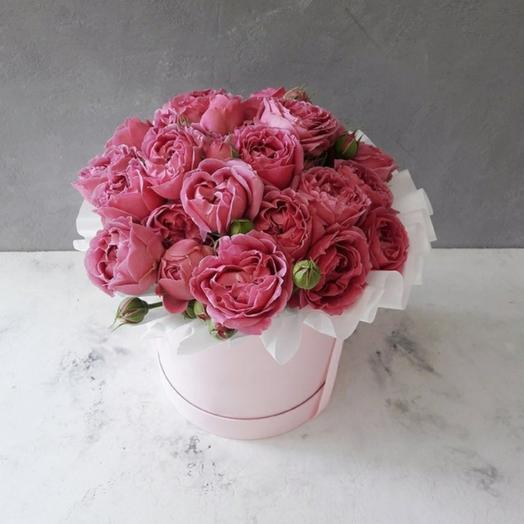 "Коробка ""11 кустовых пионовидных роз Мисти Баблс """