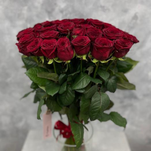 Букет из красных роз 51 шт