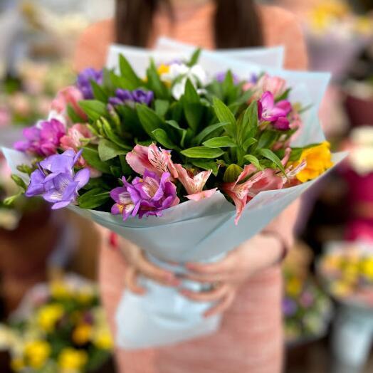 Bouquet of delicate alstroemeria