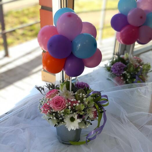 Воздушное облачко с цветами