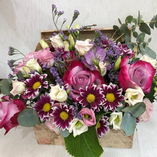 Сундук с цветами: букеты цветов на заказ Flowwow