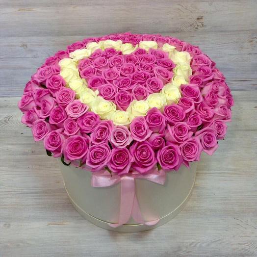 Сердце из 101 розы в коробке: букеты цветов на заказ Flowwow